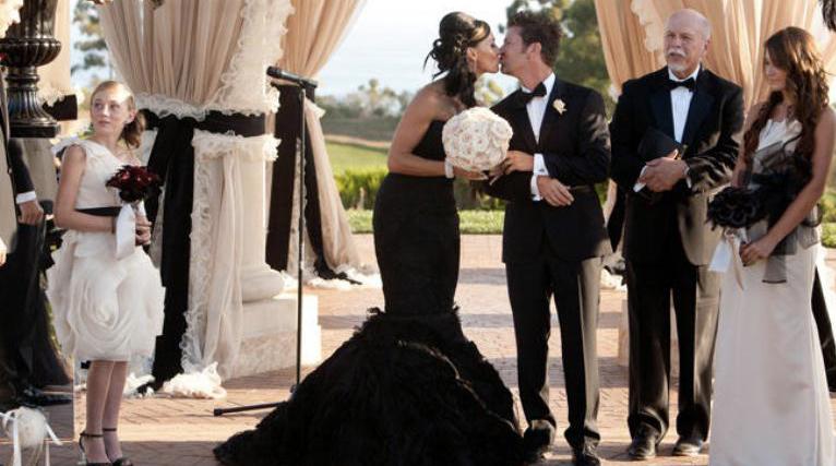 Svatební šaty pro milovnice černé barvy! Dámy 02259e030a