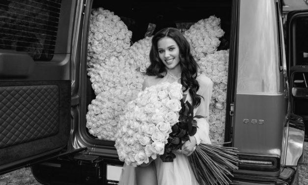 Gášpárová není sobecká: O spoustu růží k narozeninám se podělila se sestřičkami
