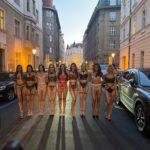 Dvě krásky v reklamě na Provoque: Tohle prádlo se musí prodávat samo